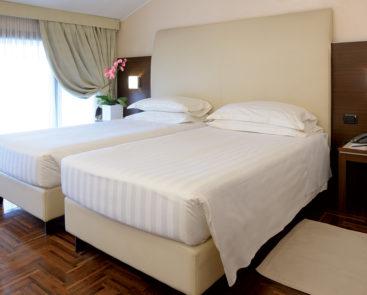 camera-standard-hotel-habitat