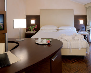 junior-suite-habitat-hotel